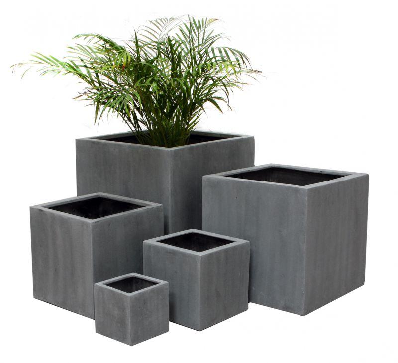 quadratischer bertopf aus polystone in grau gro 199 99. Black Bedroom Furniture Sets. Home Design Ideas