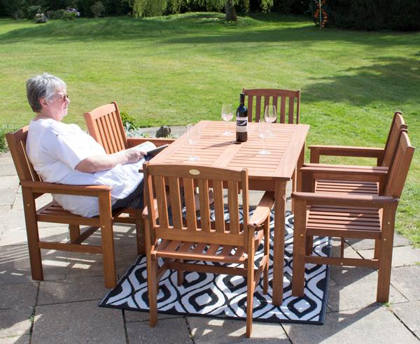 liz frances gartenm bel set kendal and oakham aus. Black Bedroom Furniture Sets. Home Design Ideas