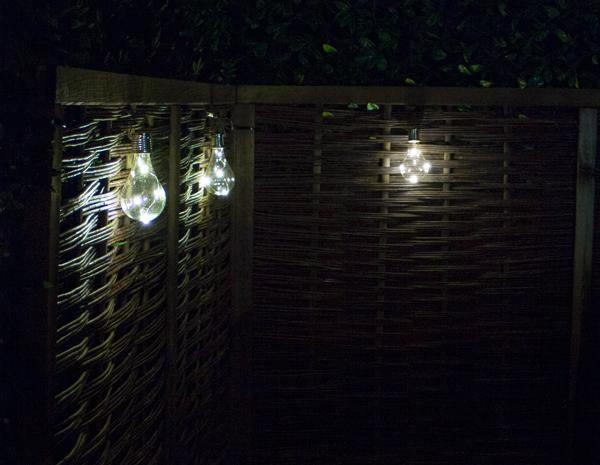 solaray solarbeleuchtung zum aufh ngen 3er set 8 99. Black Bedroom Furniture Sets. Home Design Ideas