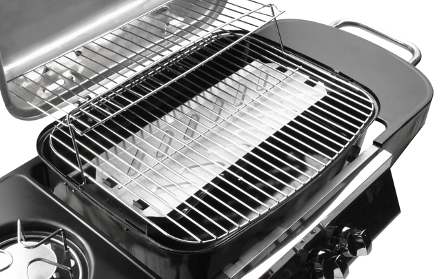 banquet 2 brenner gasgrill mit seitenkocher regulator gasschlauch 89 99. Black Bedroom Furniture Sets. Home Design Ideas