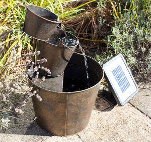 49cm solarbrunnen aus zink mit rostoptik solaray 99 99. Black Bedroom Furniture Sets. Home Design Ideas