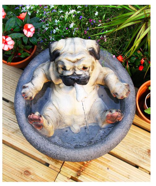 brunnen mit liegendem hund 99,99€, Garten und Bauen
